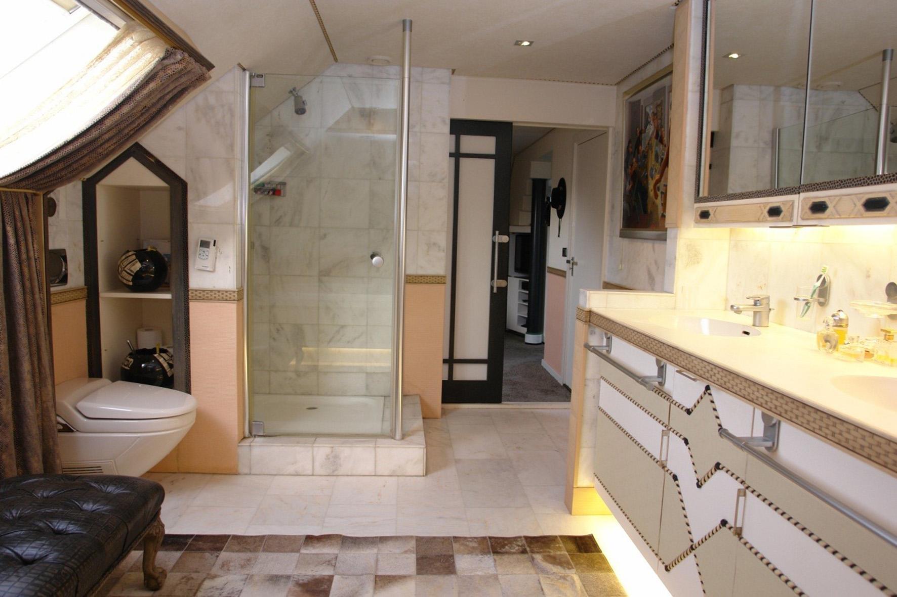 Kenmerken - Deco master suite met badkamer ...